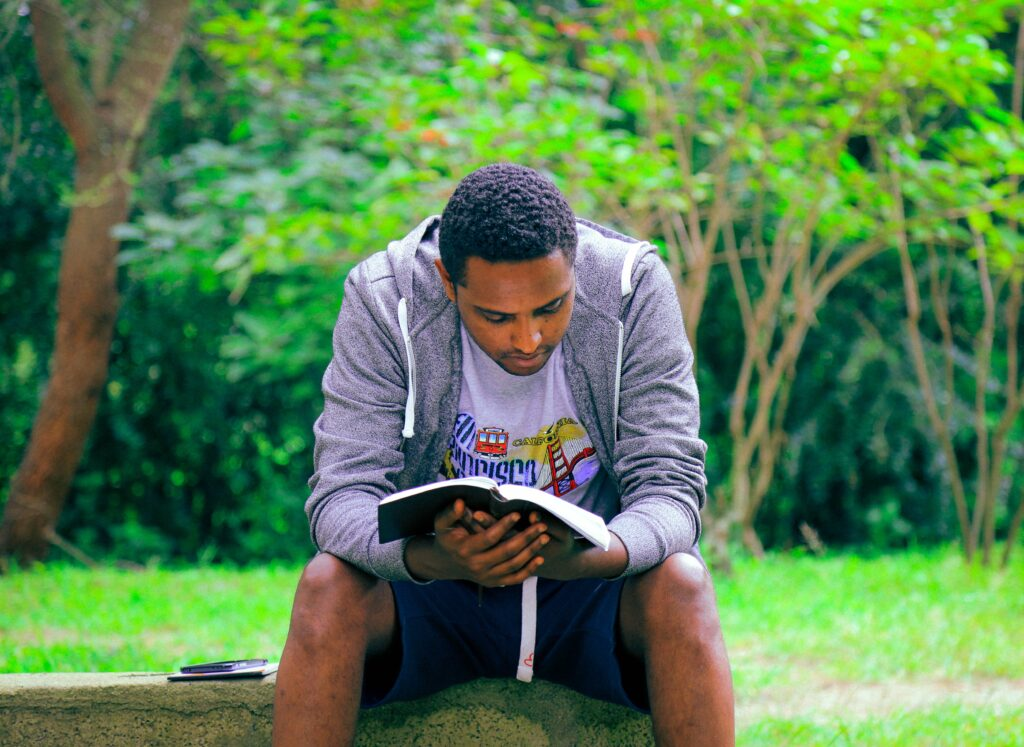 Read the Bible daily anywhere - even in a park